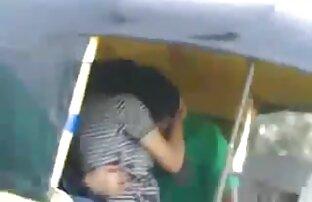 Người Anh tóc vàng đĩ được fucked mặc quần xxx hàn quôc áo trong Green fishnets